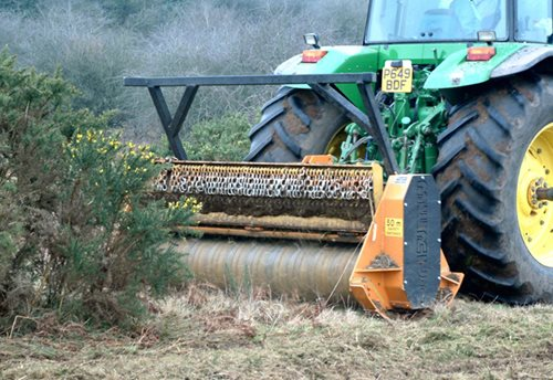 EFX (Fixed Tooth) Forestry Mulcher Hover